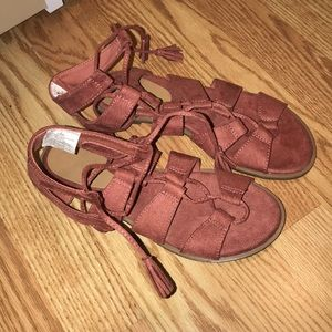 Old navy lace up red/pinkish sandals